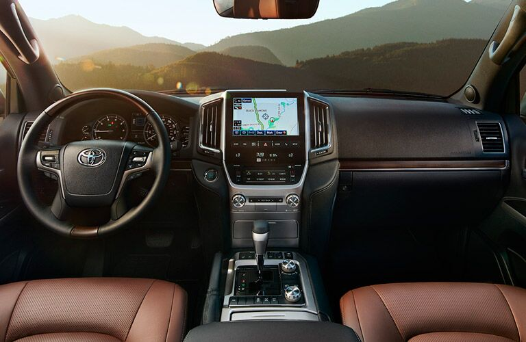 2017 Toyota Land Cruiser interior front