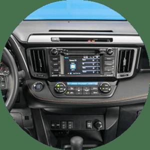 2016 RAV4 touchscreen options