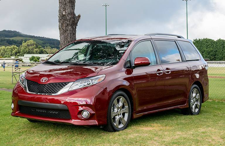 Toyota Sienna front and side profile
