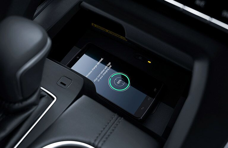 wireless charging feature of 2019 toyota avalon