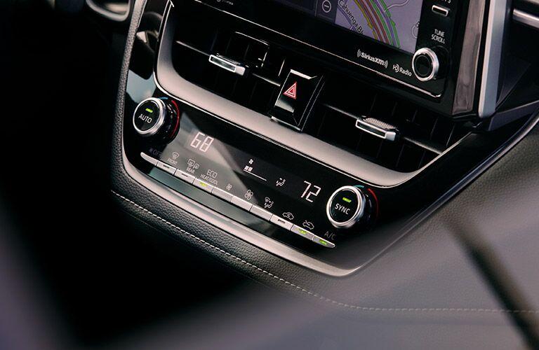 2019 Toyota Corolla Hatchback temperature controls