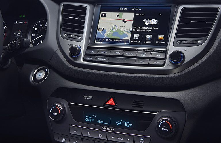 2017 Hyundai Tucson touchscreen display
