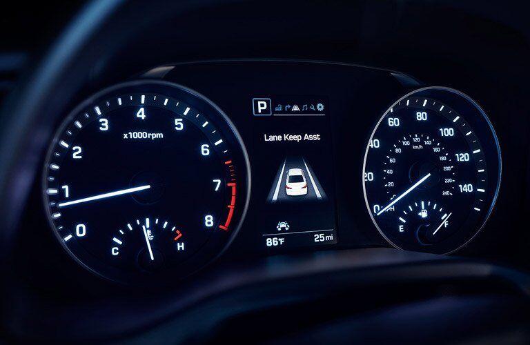 2017 Hyundai Elantra gauge cluster