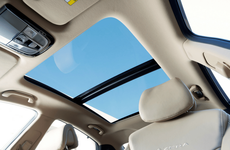2017 Azera Sunroof