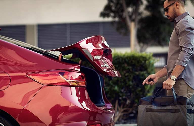 2018 Hyundai Elantra red trunk lid
