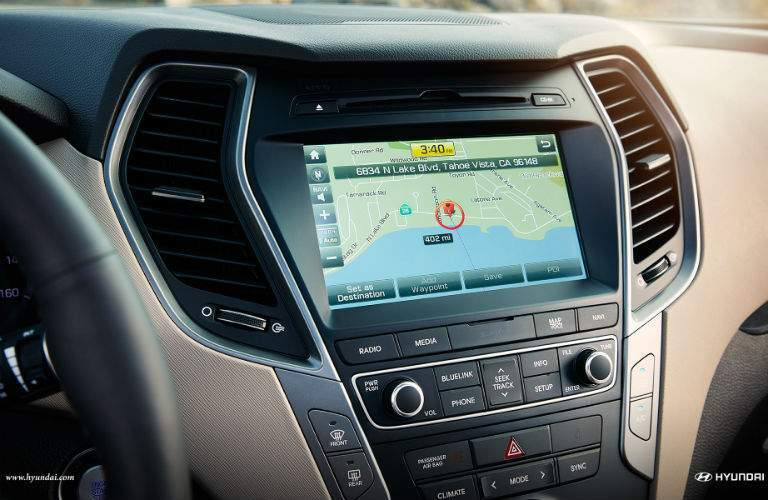 Color touchscreen of the 2018 Hyundai Santa Fe Sport