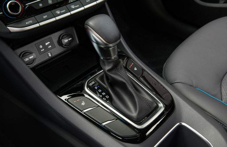 Leather-wrapped shift knob of the 2018 Hyundai Ioniq Hybrid