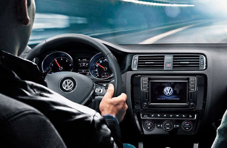 VW Jetta infotainment system and interior features