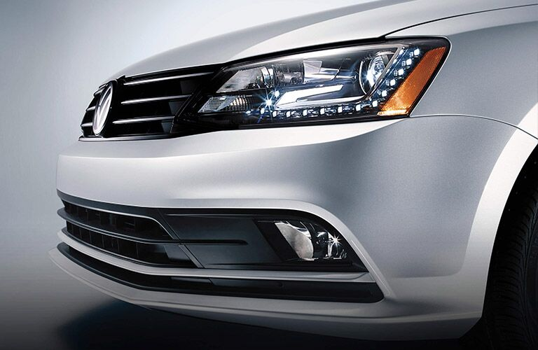 2016 vw jetta headlight and daytime running lights design