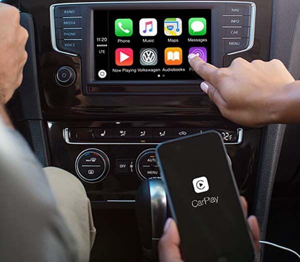 2017 Volkswagen Jetta interior dashboard detail