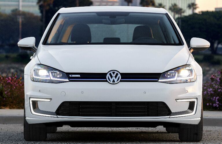 Front view of white 2018 Volkswagen e-Golf
