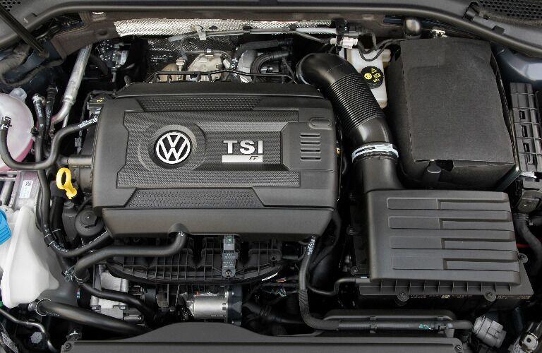 Turbocharged TSI 2.0-liter Engine in 2018 Volkswagen Golf R