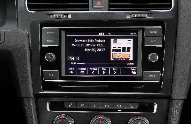 Infotainment system touchscreen in 2019 Volkswagen Golf SportWagen