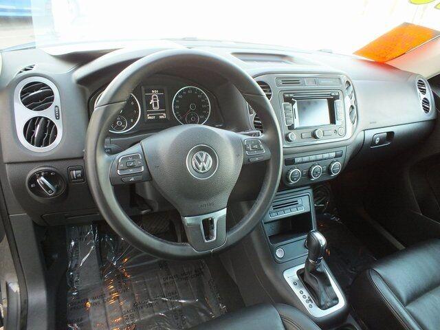 2013 Volkswagen Tiguan SEL Interior