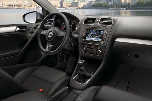 Used 2014 Volkswagen Golf Interior