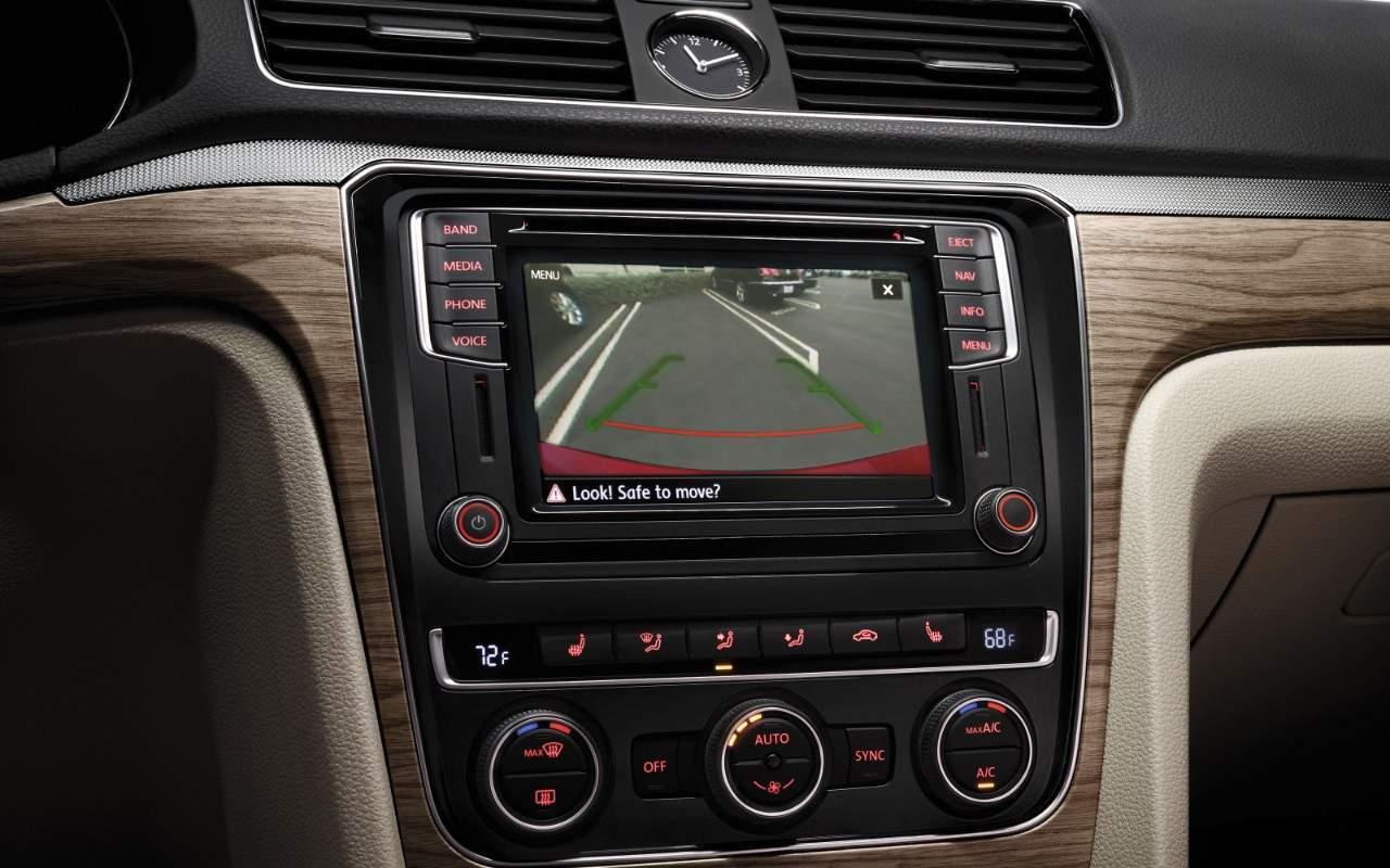 2017 Volkswagen Passat technology