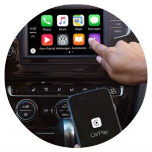 Does the VW Golf have Apple CarPlay?