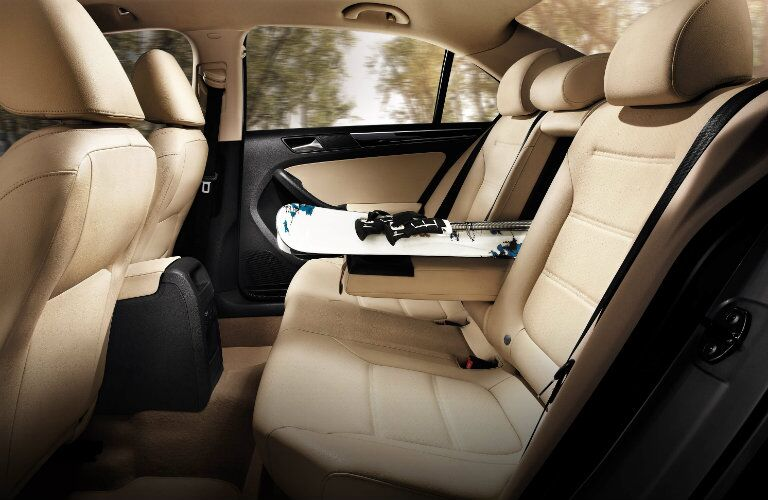 cargo space and versatility in the 2016 vw jetta