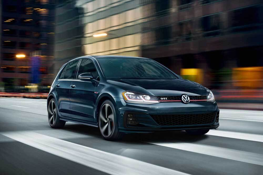 2018 Volkswagen Golf GTI in deep black purple