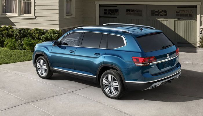 2019 Volkswagen Atlas Parked in Driveway