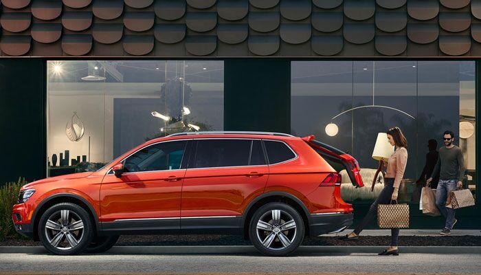 2019 Volkswagen Tiguan Parked