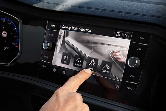 2019 Volkswagen Jetta touch screen
