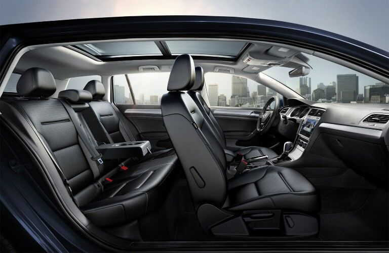 Passenger angle of the black seats in the 2019 Volkswagen Golf SportWagen
