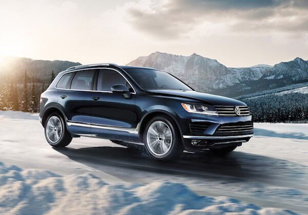 test out the 2017 volkswagen touareg performance. Black Bedroom Furniture Sets. Home Design Ideas