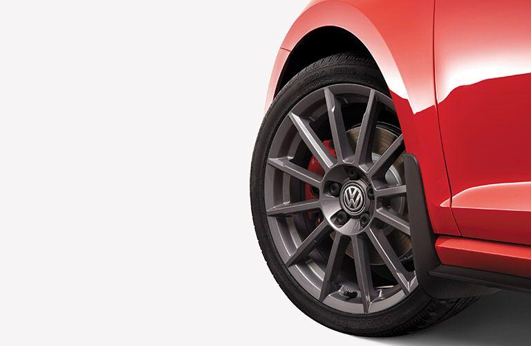 2016 vw golf gti standard tire size