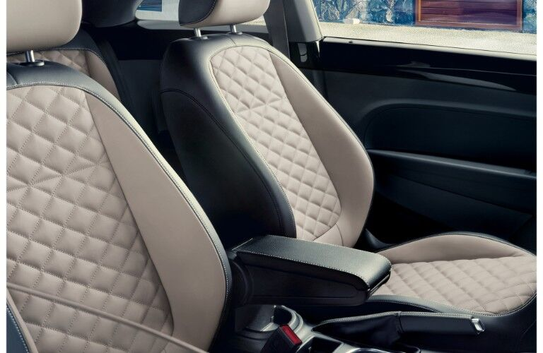 2019 Volkswagen Beetle Final Edition coupe interior shot of rhomus cloth and v-tex leatherette design and seating upholstery
