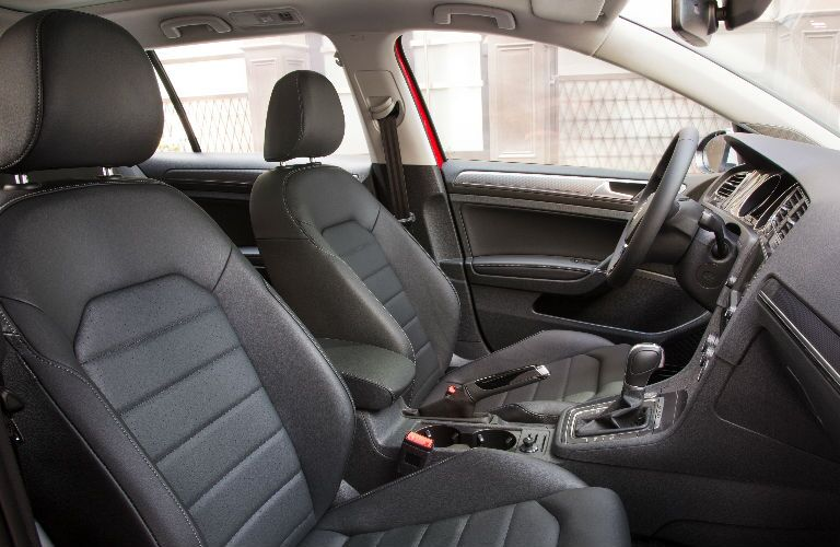 2017 Golf Alltrack racing seats