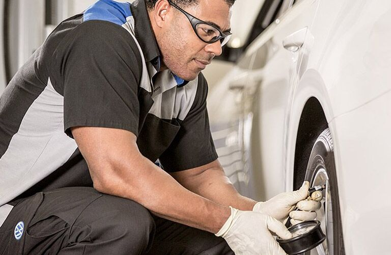 Tire Service and Repair Meriden CT middletown ct southington ct wallingford ct when to change your car tires
