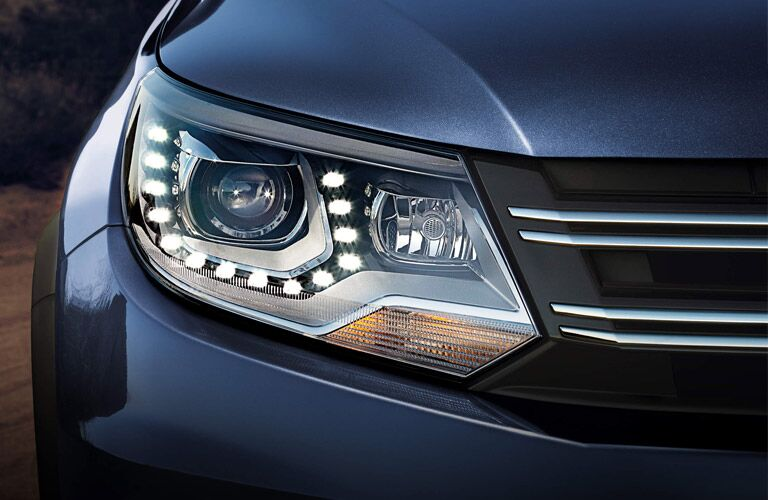 type of headlights daytime running lights on the 2016 vw tiguan