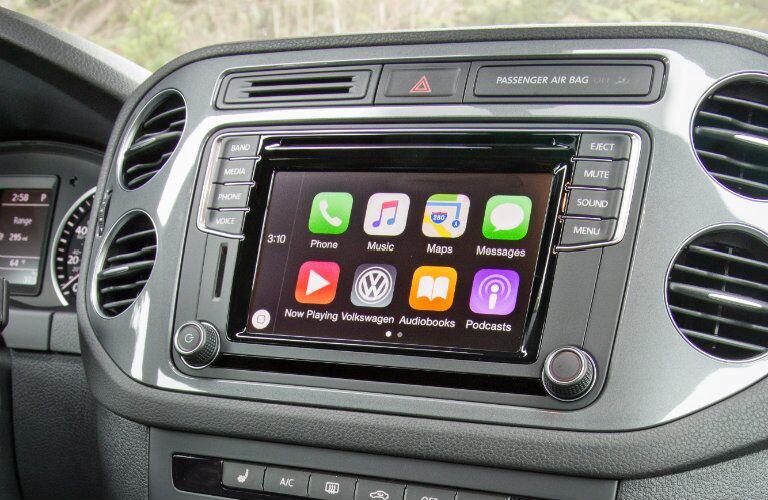 2016 Volkswagen Tiguan Union County NJ newark nj summit nj chatham nj new providence nj madison nj 2016 vw tiguan with new mib ii infotainment system apple carplay android auto mirrorlink