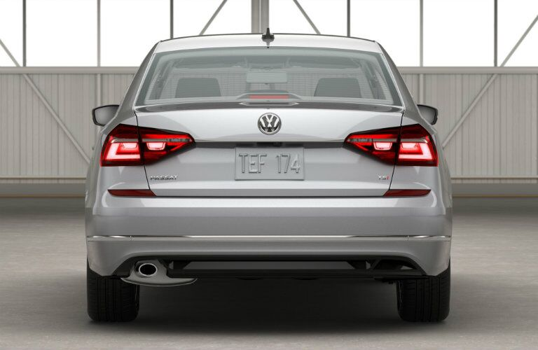 rear tailights and bumper design on the 2016 vw passat r-line