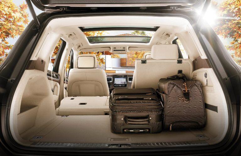 2017 vw touareg folding rear seats
