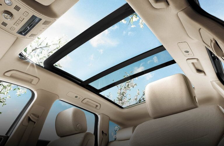 sunroof in the 2017 vw touareg