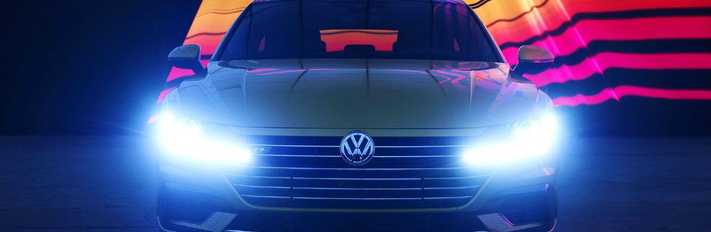 Front profile of the 2019 Volkswagen Arteon
