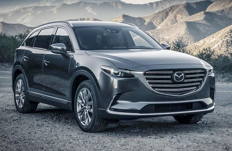 20176 Mazda CX-9 Front End View in Gray