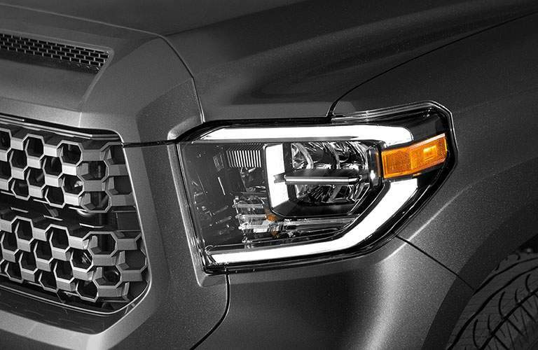 Close up of Headlight and Grille on 2018 Toyota Tundra