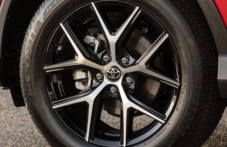 2016 Toyota RAV4 wheel options