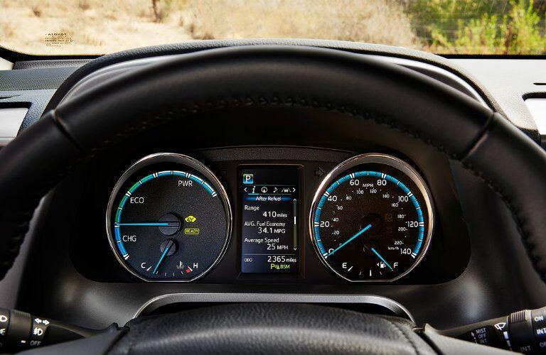 2017 Toyota RAV4 Hybrid dashboard_o