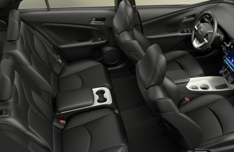 2017_Toyota_Prius_Prime seating_o