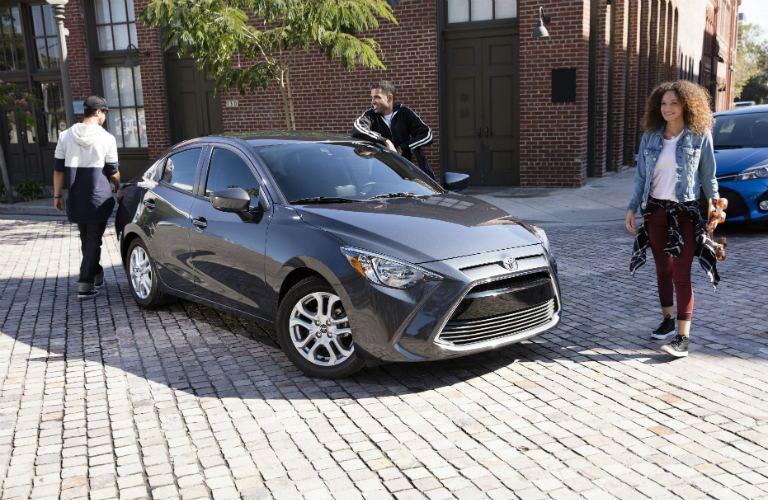 2017 Toyota Yaris exterior_o