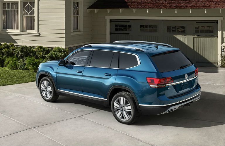 2020 Volkswagen Atlas Exterior Driver Side Rear Profile