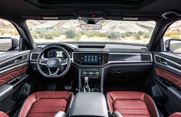 2020 Volkswagen Atlas CrossSport dashboard and steering wheel