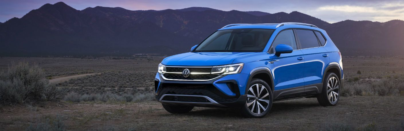 2022 Volkswagen Taos front and side profile