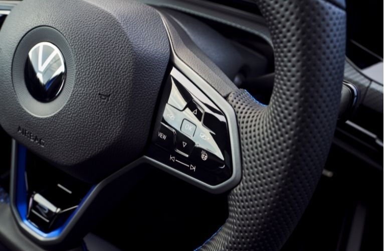 paddle shifters mounted on the steering wheel