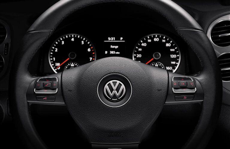 Dashboard 2016 Volkswagen Tiguan