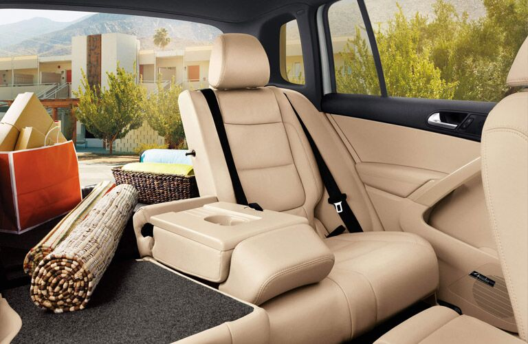 2016 Volkswagen Tiguan Folding rear seats